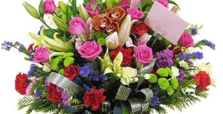 Lưa chọn cẩn thận để có một lẵng hoa tươi, đẹp nhất!